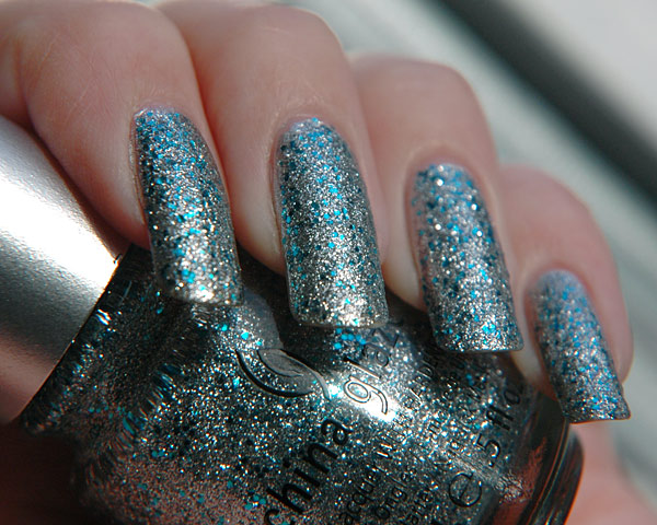 201212_china_glaze_loreleis_tiara_1